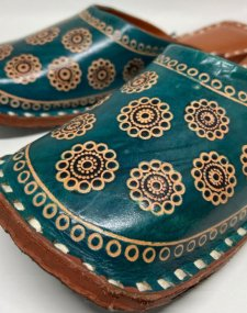 Leather Embossed Mojri